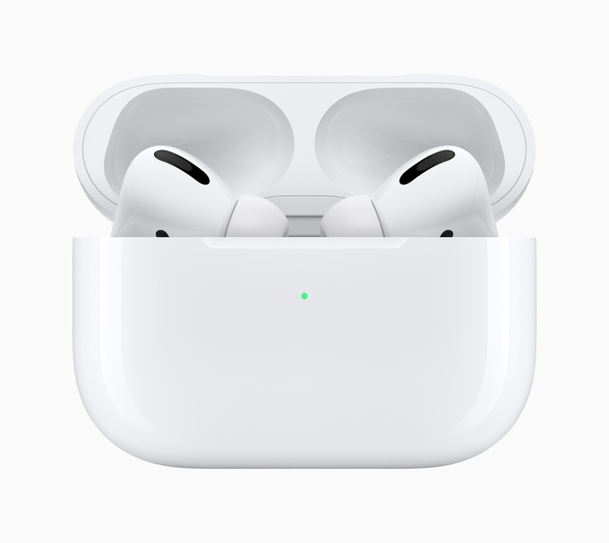 Retina apple airpods pro new design case and airpods pro 102819